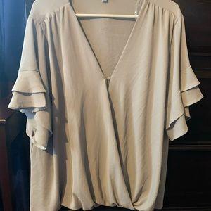 Umgee gray top